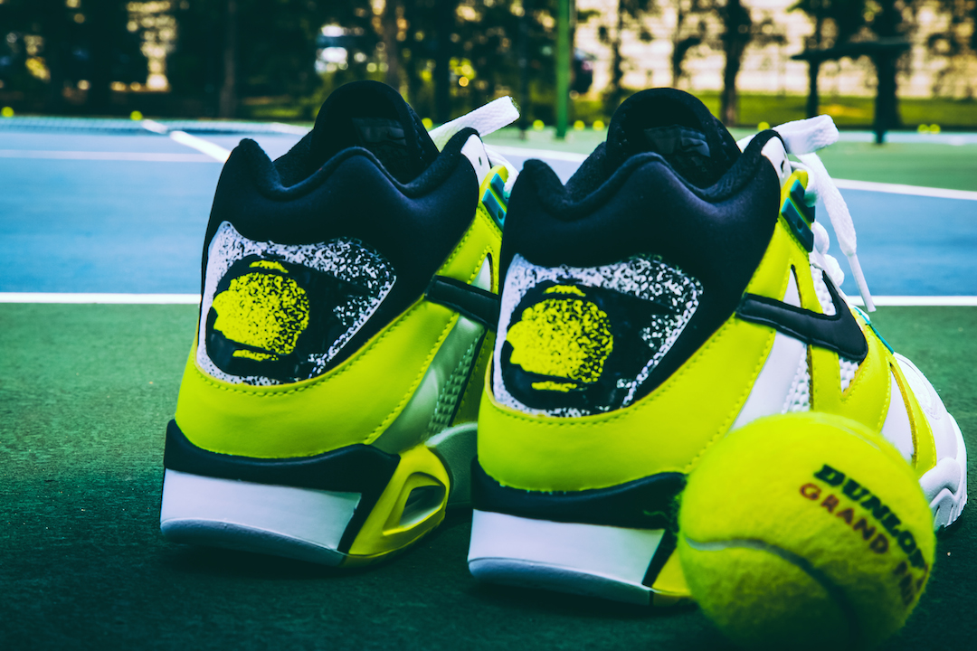 Agassi yellow